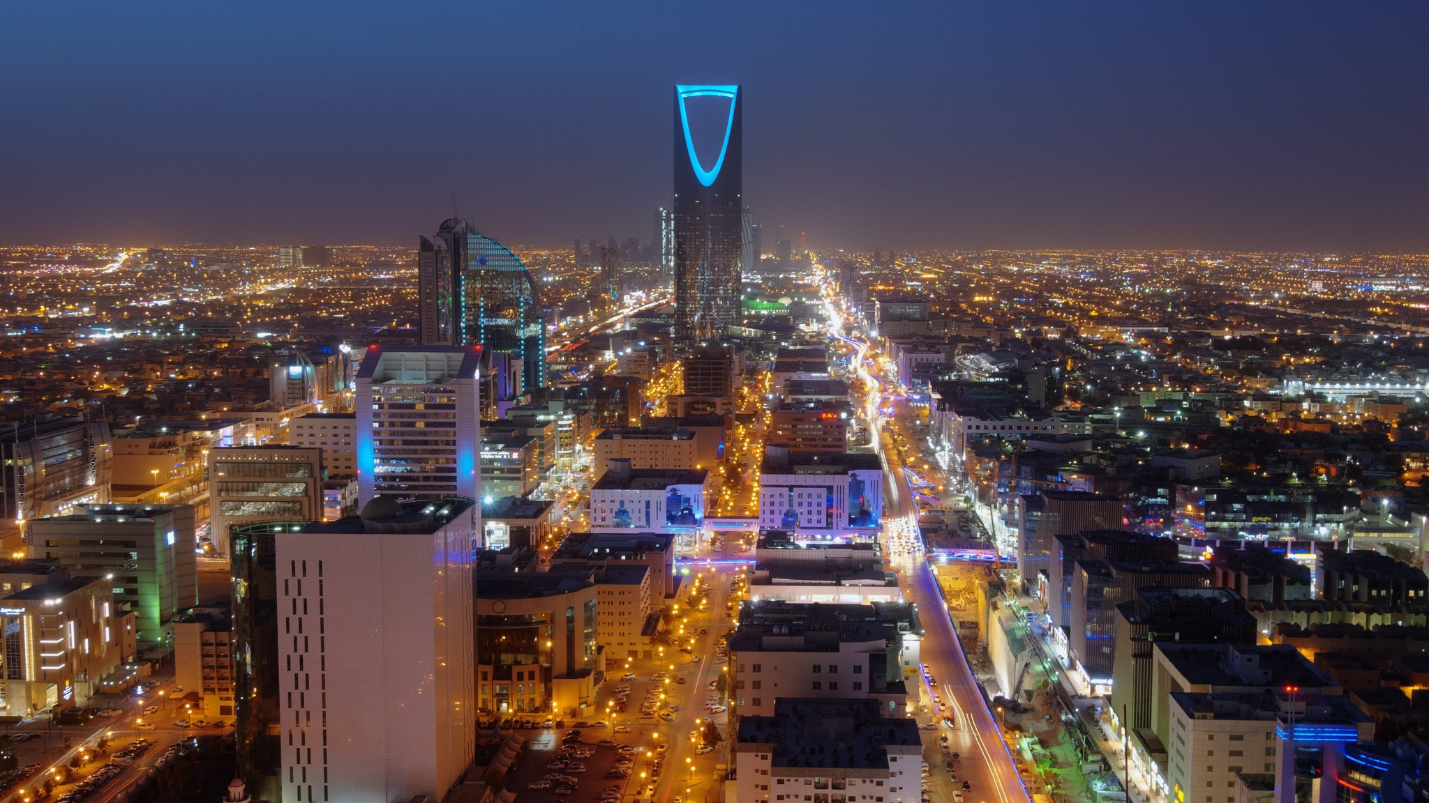 Wealthy Saudis sit on cash as purge casts shadow over investment