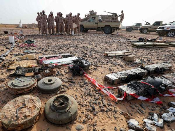 Yemeni soldiers loyal to the Saudi and UAE-backed government attending a mine clearance and dismantling training at a centre funded by the UAE armed forces in Mukalla (AFP)