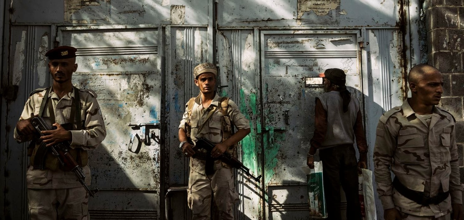 A member of Abbas's militia oversees a checkpoint in Taiz. (Lorenzo Tugnoli for The Washington Post)