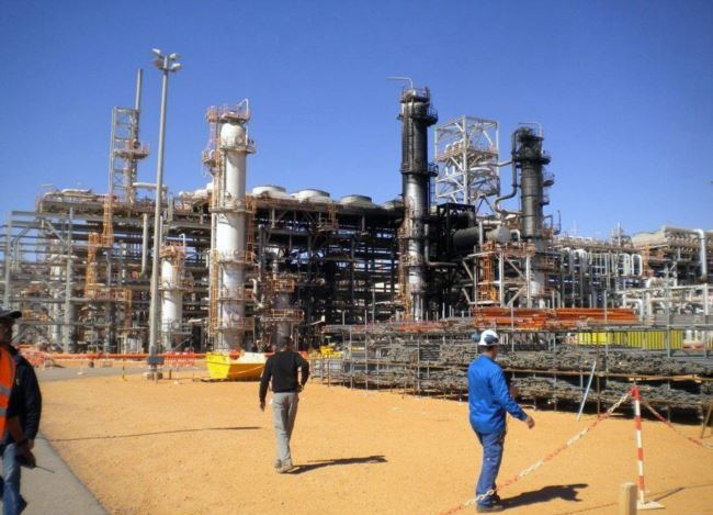 A gas field in Algeria - Archive