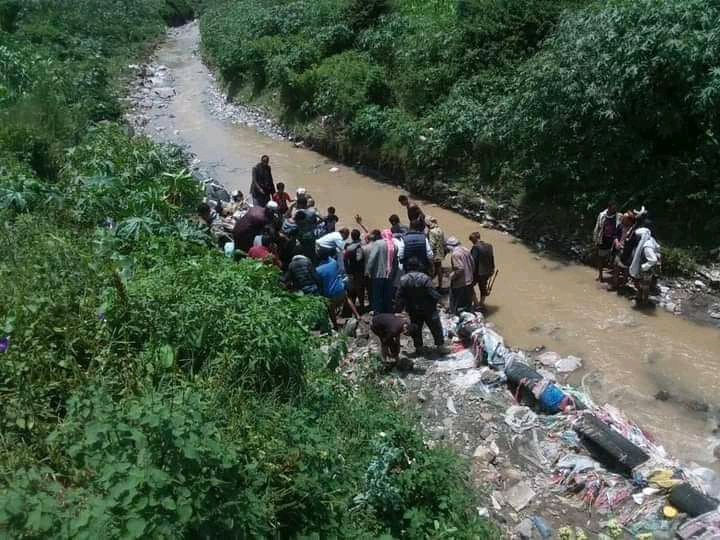 Ten days after her family sank in flood, Yemeni child Thuria was found in a valley of Ibb
