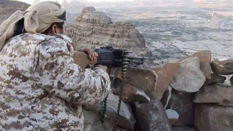 احتدام المعارك بين القوات الحكومية وجماعة الحوثي في مأرب